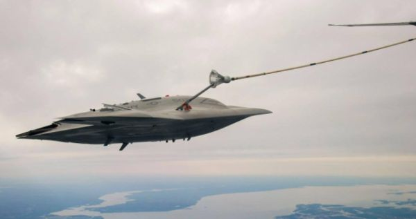 X-47B Demonstrates Unmanned Aerial Refueling